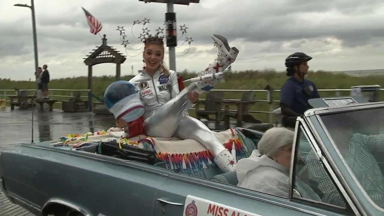 Miss America hopefuls show their shoes in Boardwalk parade. Gray Hall reports during Action News at 6 a.m. on September 9, 2018.