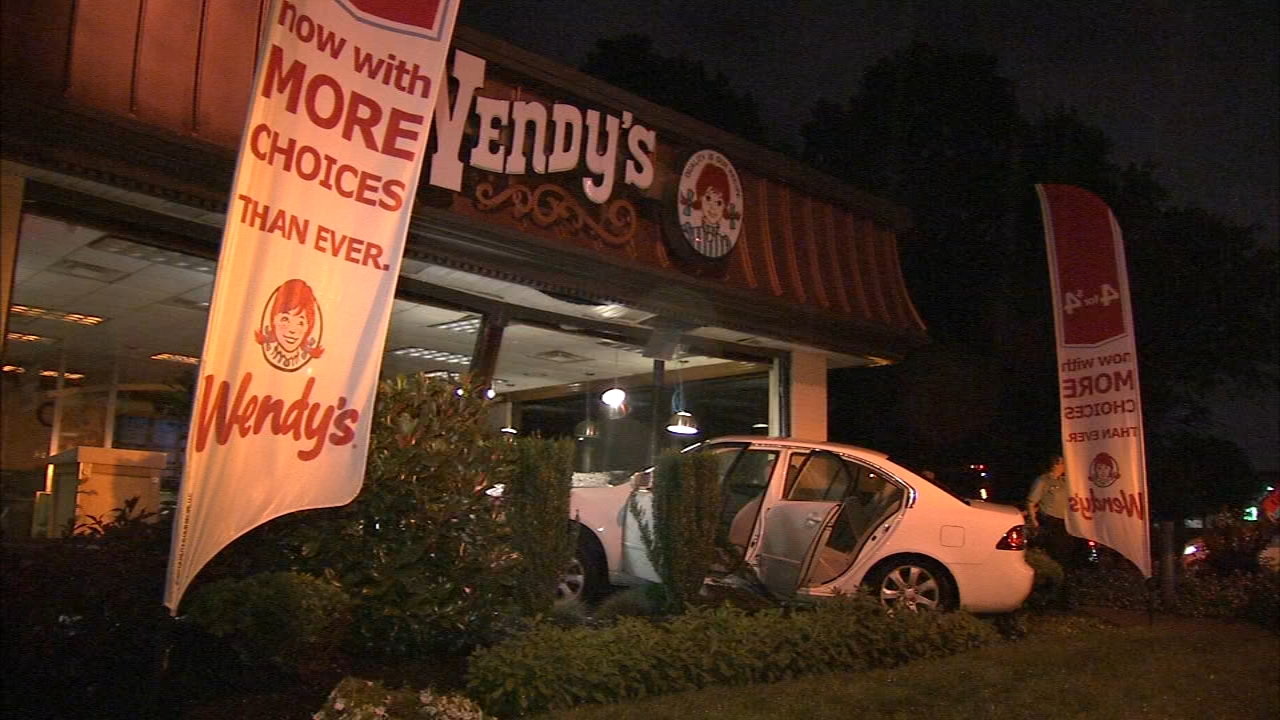 Driver crashes into Wendys building in Bustleton. Matt ODonnell reports during Action News at 4 a.m. on September 10, 2018.