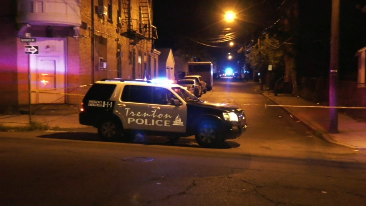 1 dead, another injured after shots fired in Trenton. Alicia Vitarelli reports during Action News at 7 a.m. on September 15, 2018.