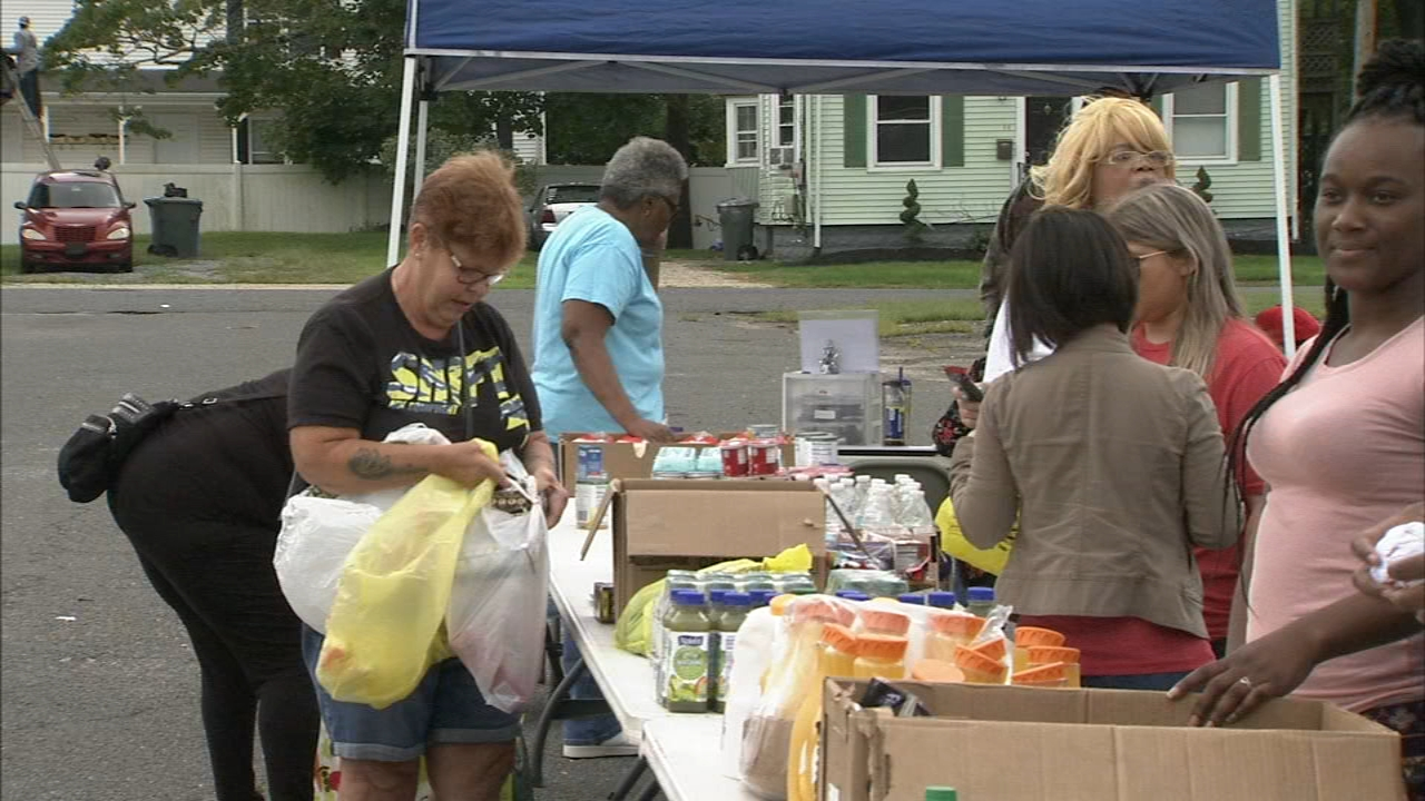 Mobile Pantry provides essentials for families in Gloucester county as reported during Action News at 5 on September 20, 2018.
