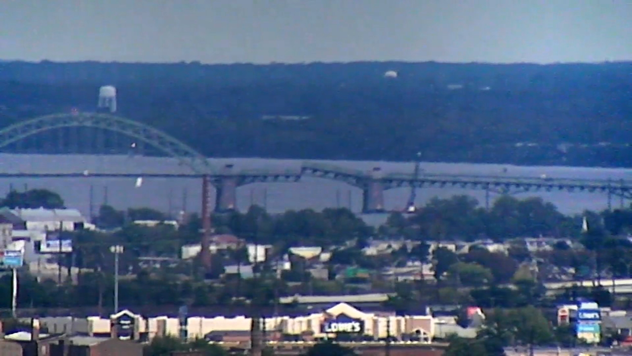 Tacony Palmyra Bridge closed, bridge stuck in open position