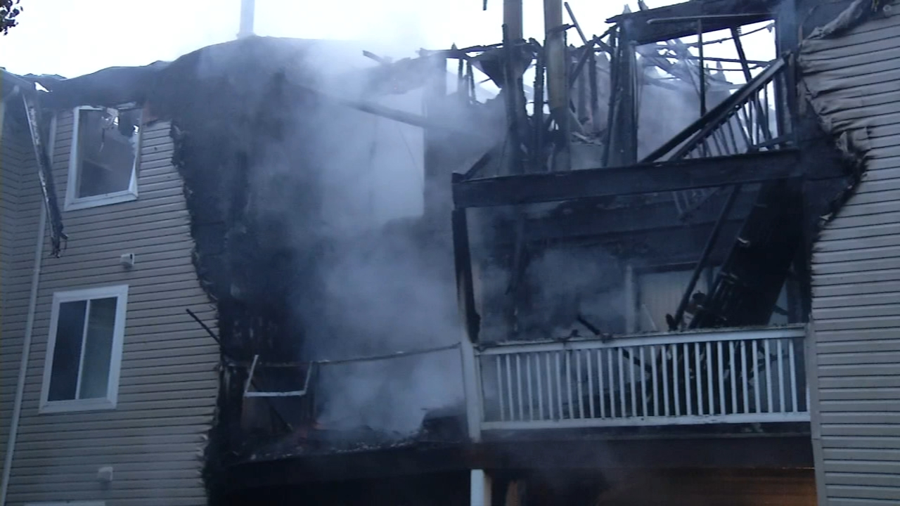 Firefighters battle 4-alarm apartment fire in Bear, Delaware. Nydia Han reports during Action News at 7 a.m. on September 23, 2018.