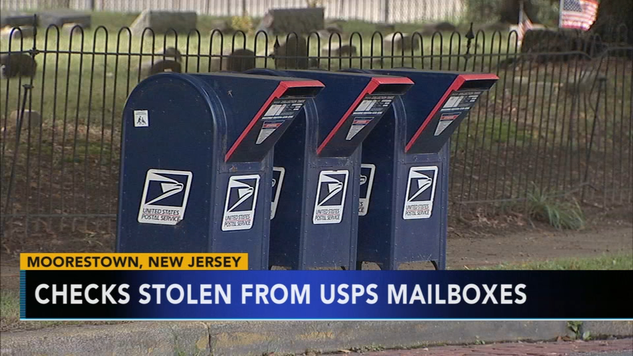Checks stolen from USPS mailboxes in Moorestown. Brian Taff reports during Action News at 4 p.m. on September 26, 2018.