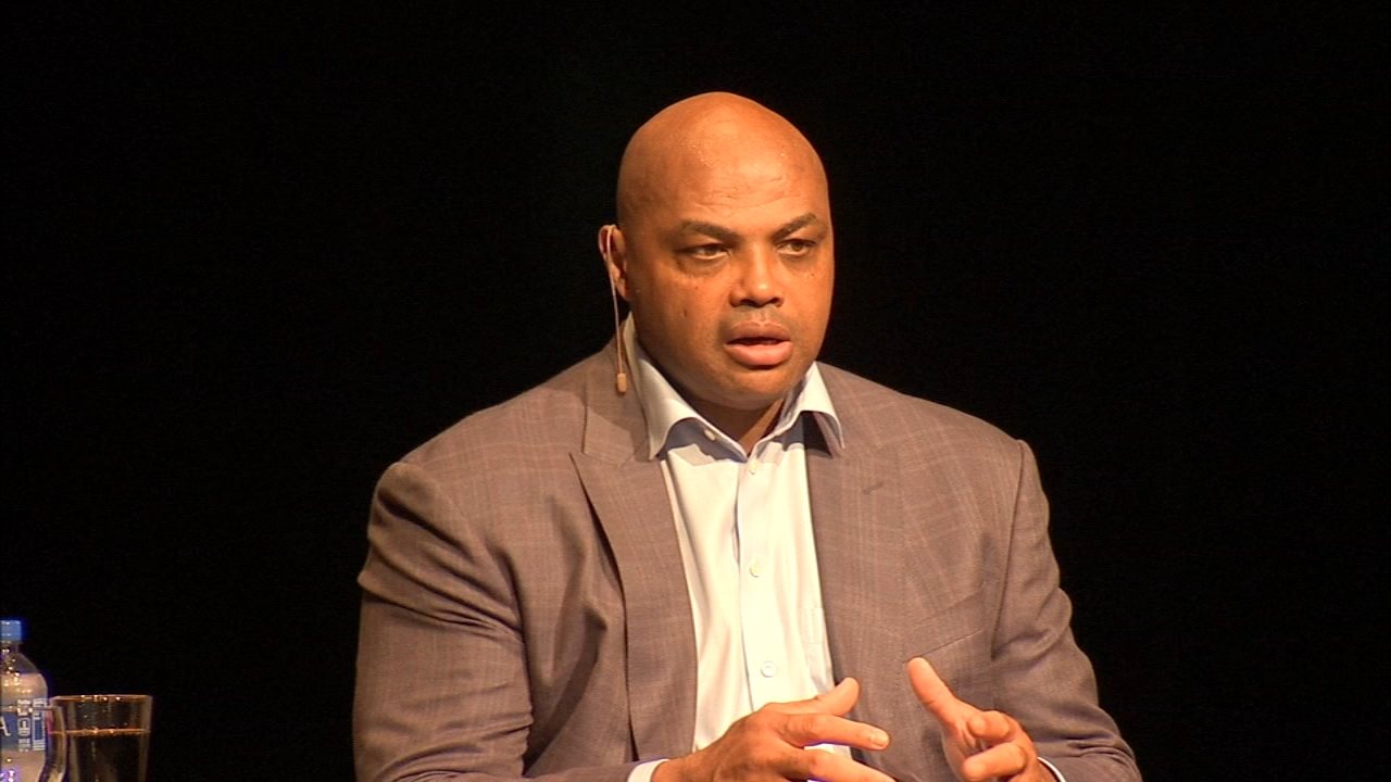 NBA legend, Charles Barkley honored at Temple University. Katherine Scott reports during Action News at 6 p.m. on October 5, 2018.