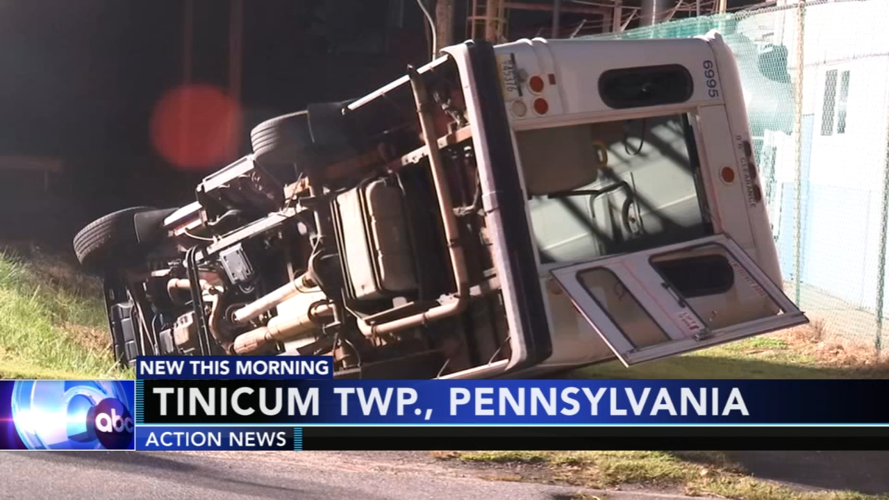 SEPTA para-transit vehicle overturns in ditch in Delaware County. Gray Hall reports during Action News at 6 a.m. on October 6, 2018.