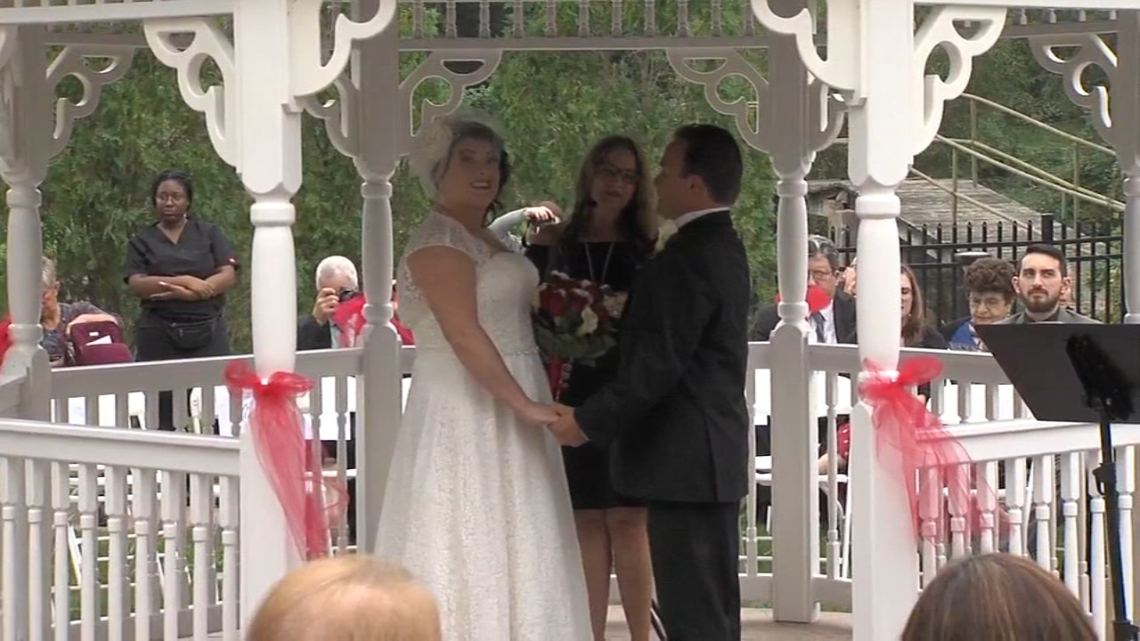 Wedding bells ring out at senior living facility. Sarah Bloomquist reports during Action News at 10 p.m. on PHL17 on October 6, 2018.