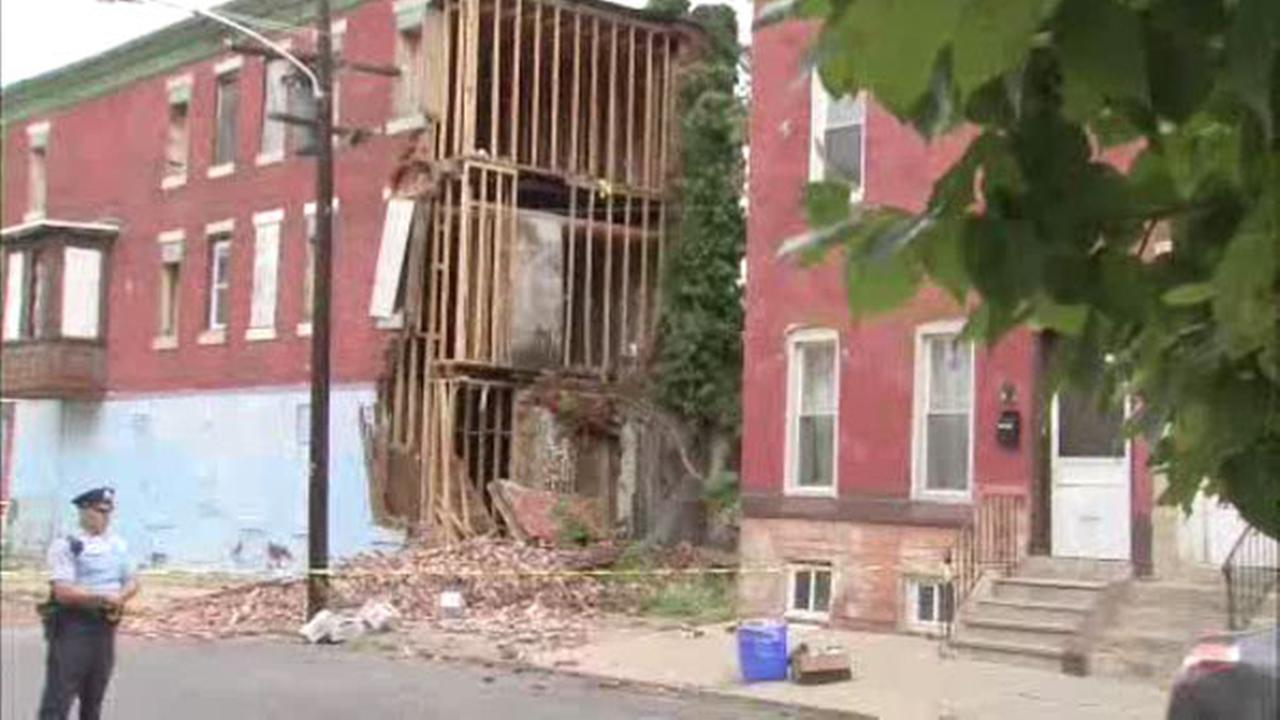 Building collapses in North Philadelphia, no injuries