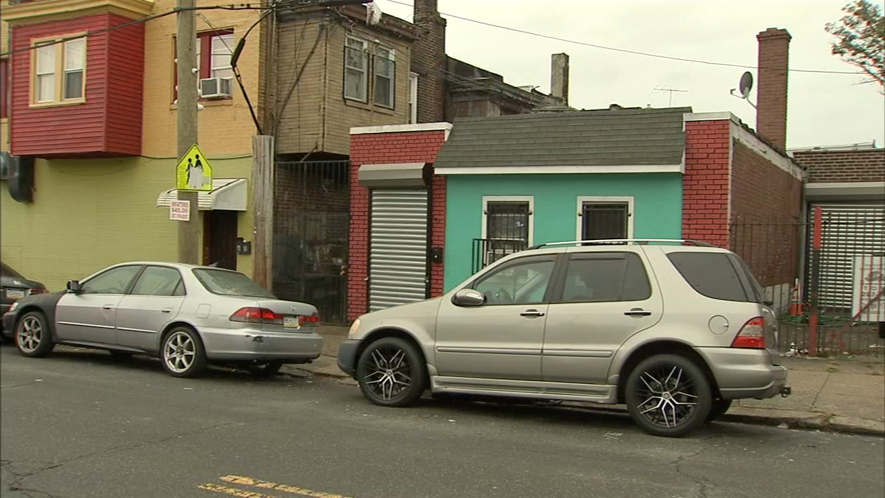 Man shot and killed in Philadelphia speakeasy. Lana Zak reports during Action News at Noon on October 15, 2018.