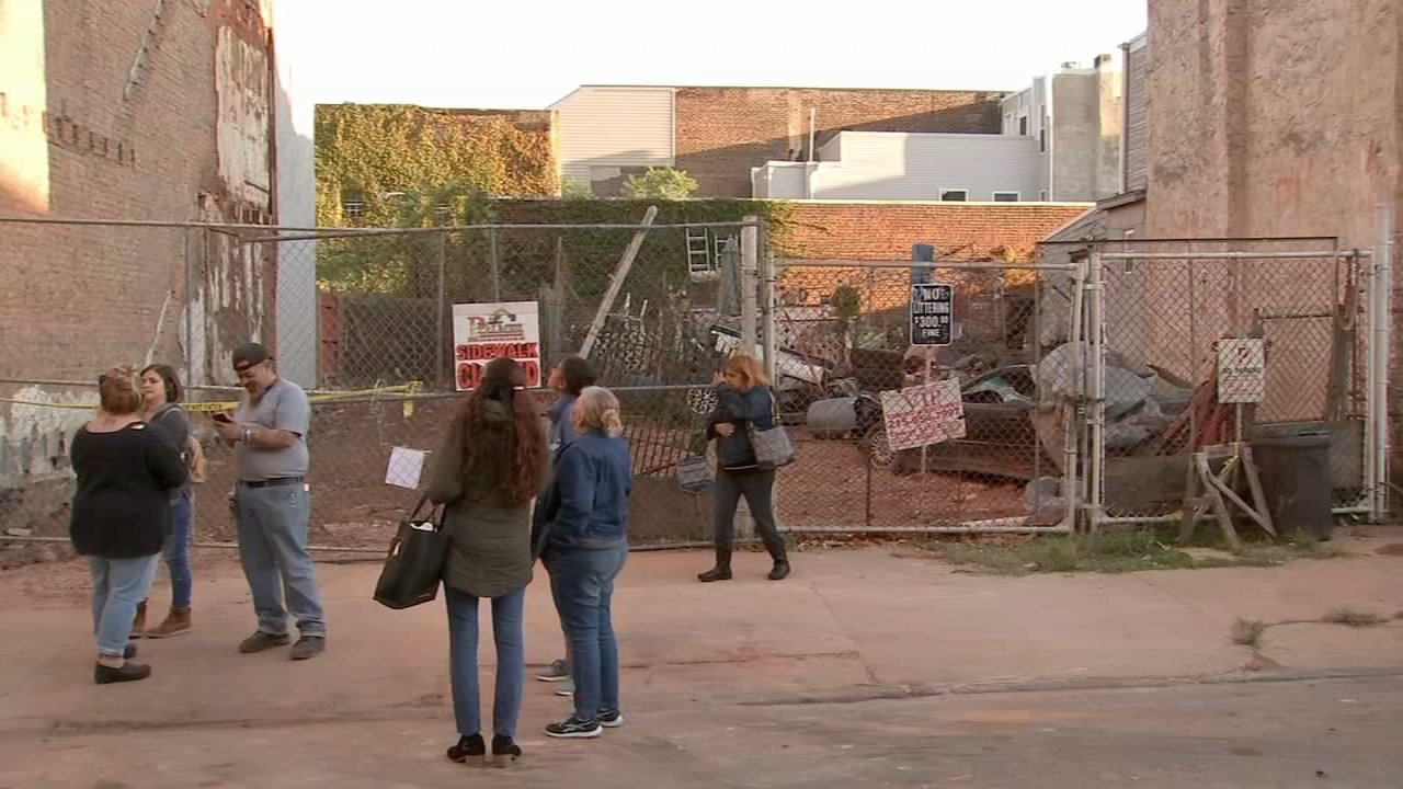 Kensington rowhome collapses after unlicensed rehab work, endangering neighbors, officials say as reported by Dann Cuellar during Action News at 11 on October 17, 2018.