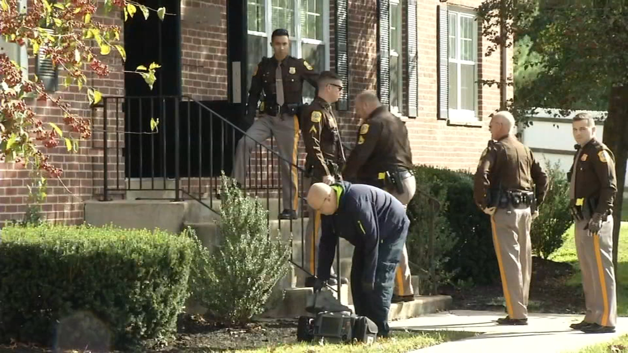 Man and woman stabbed in Wilmington. Rick Williams reports during Action News at 5:30 p.m. on October 18, 2018.