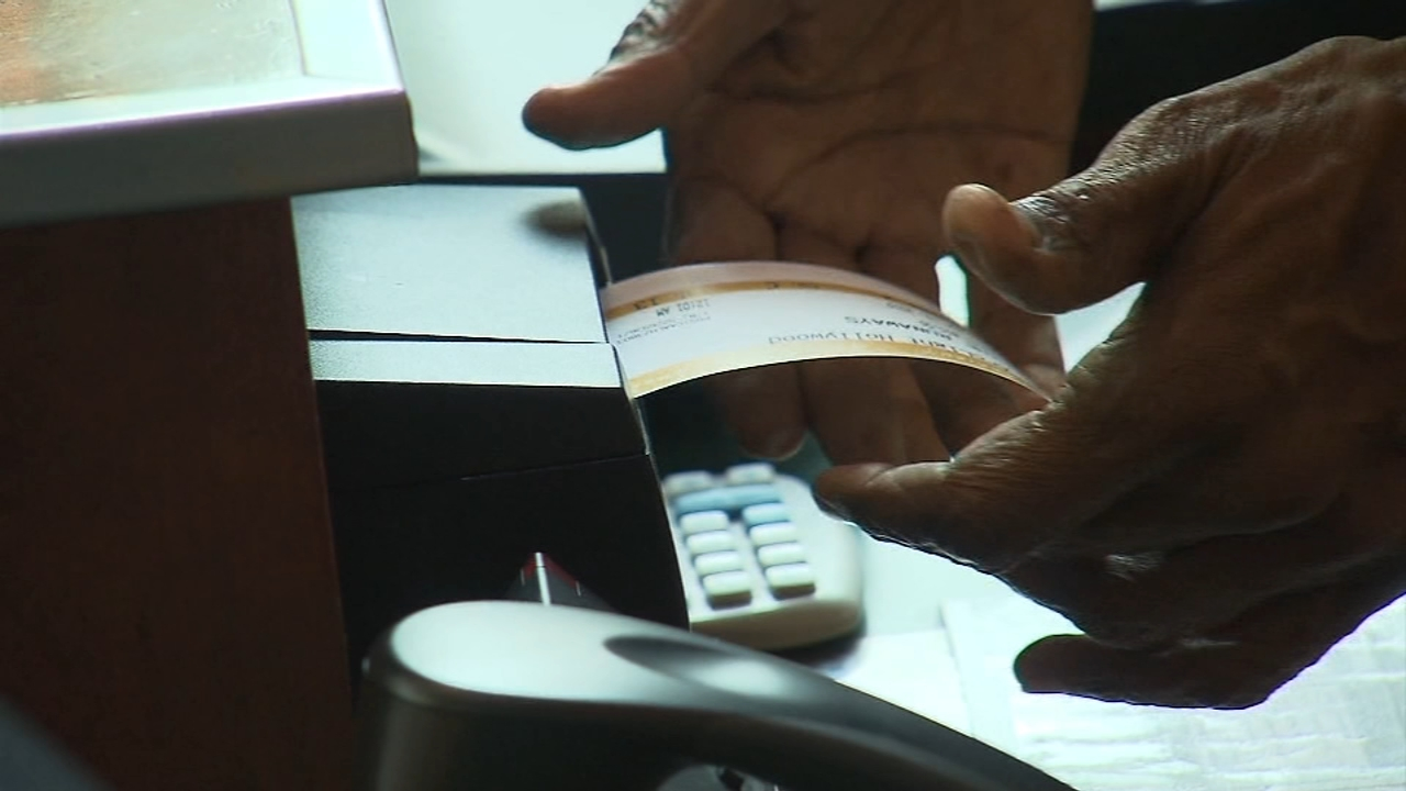 Average cost of movie tickets down from last quarter. Gray Hall reports during Action News at 6 a.m. on October 20, 2018.