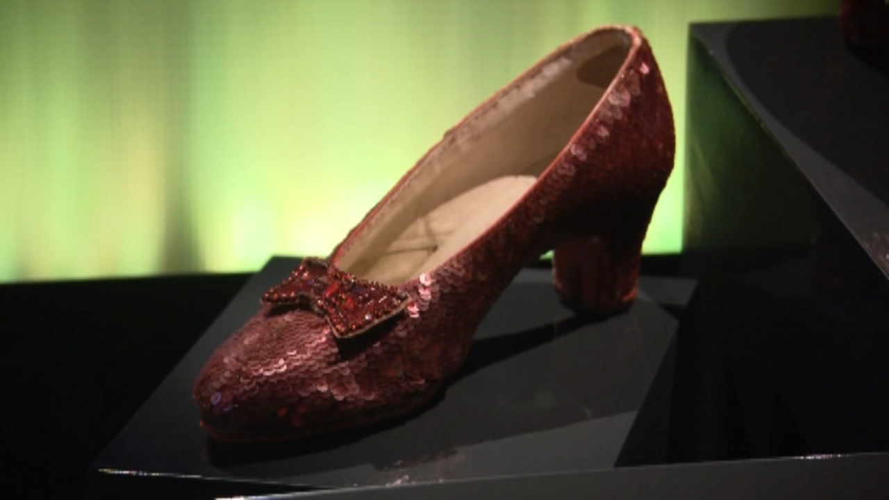 Dorothys iconic ruby red slippers on display at Washington DC museum. Gray Hall reports during Action News at 6 a.m. on October 20, 2018.