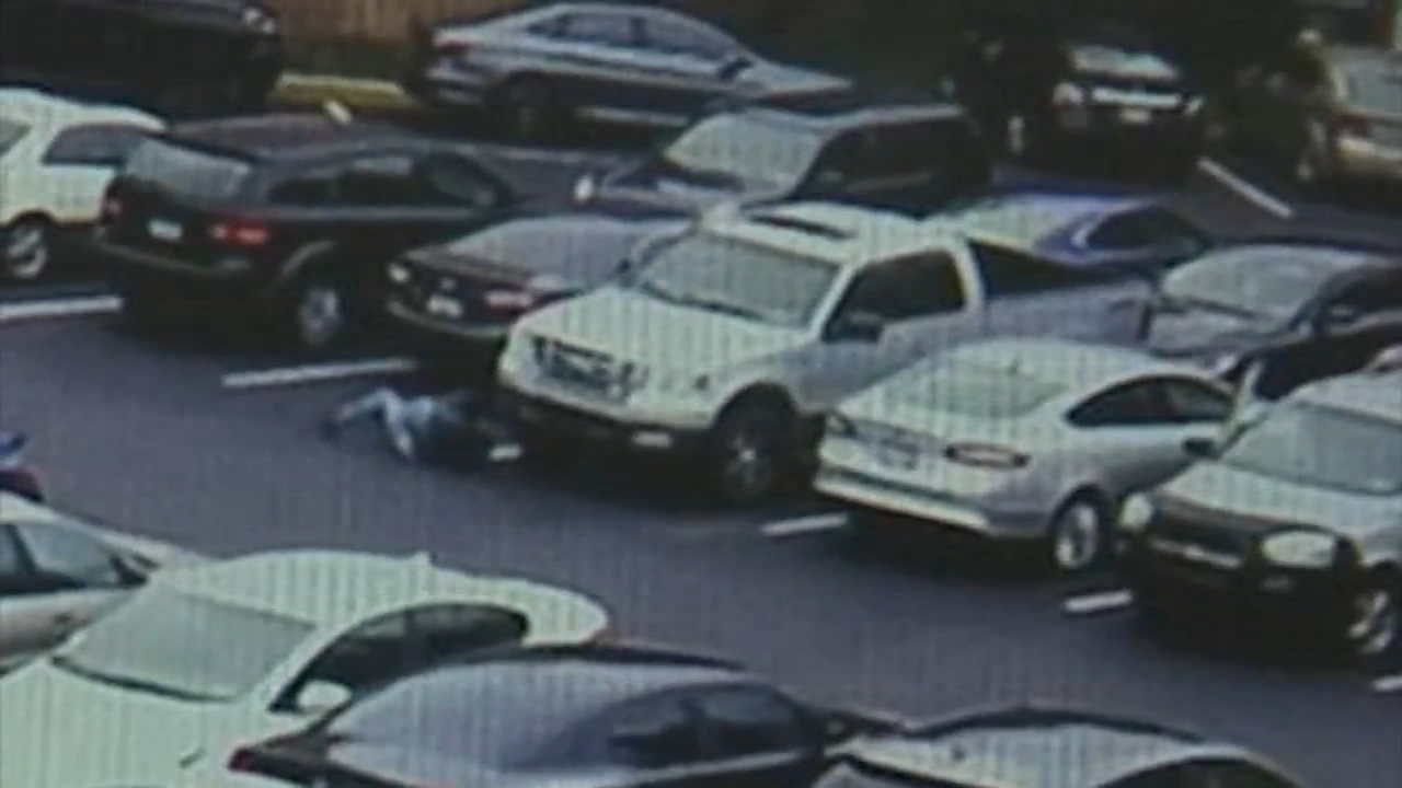 More than a dozen cars broke into at apts. in East Oak Lane. Christie Ileto reports during Action News at 6 p.m. on October 21, 2018.