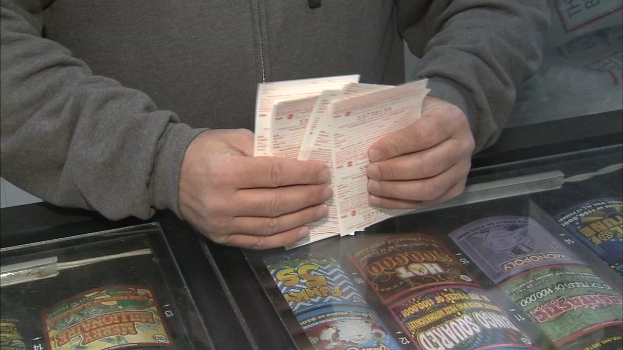 Participating in a pool for lottery tickets: Christie Ileto reports on Action News at 10 p.m., October 22, 2018