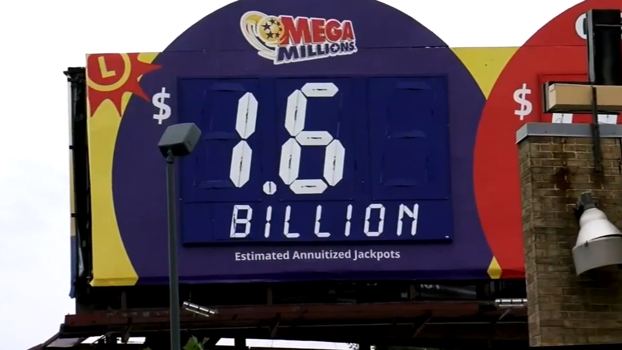 Mega Millions reaches $1.6B jackpot. Katherine Scott reports during Action News Mornings on October 23, 2018.