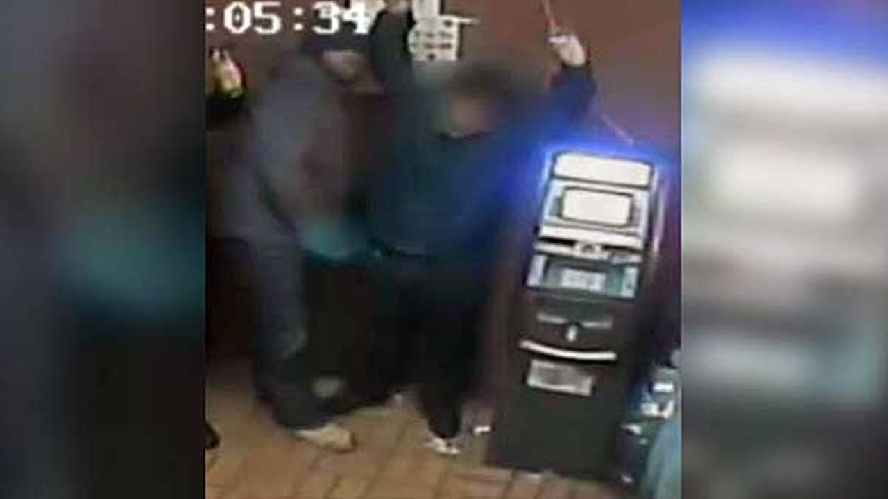 Philadelphia police are searching for 4 suspects who robbed a man at gunpoint in the citys Kensington section.