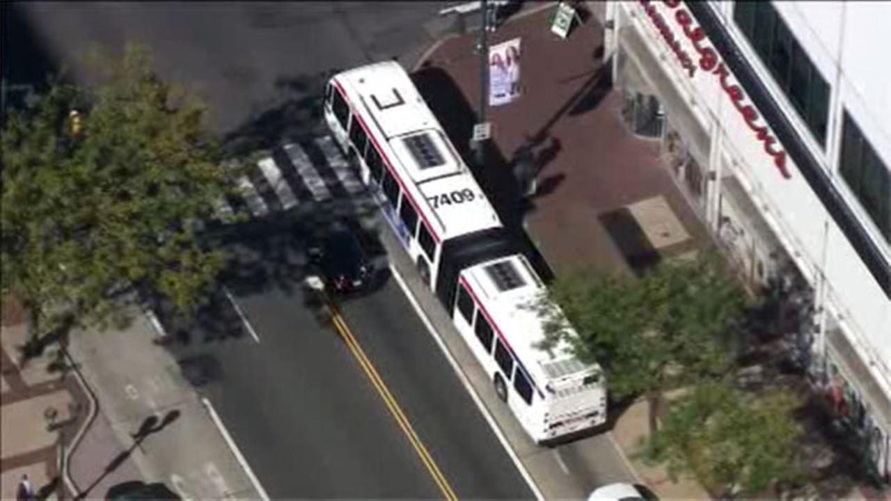 SEPTA bus involved in Center City crash; 4 injured