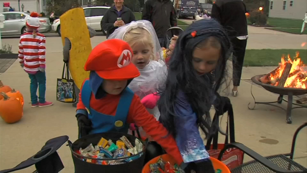 Tips for a fun and safe Halloween night for the whole family - Ali Gorman reports during Action News at 5pm on October 30, 2018.