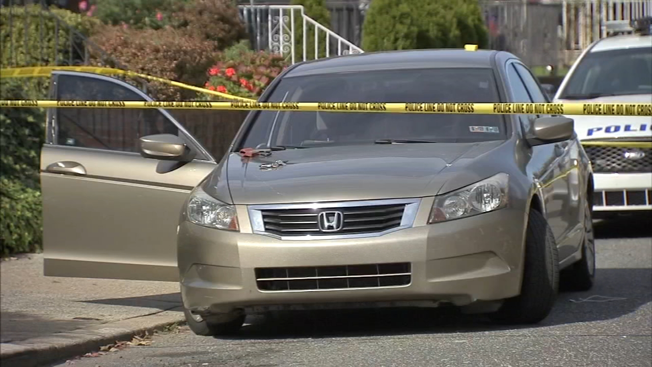 Man, 54, dies after being shot inside car in Mayfair. Maggie Kent reports during Action News at 4pm on October 31, 2018.