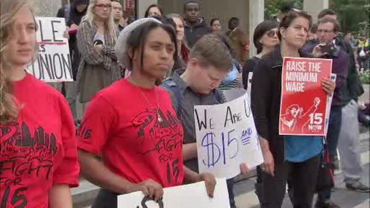Temple students, staff protest for $15 minimum wage for campus workers