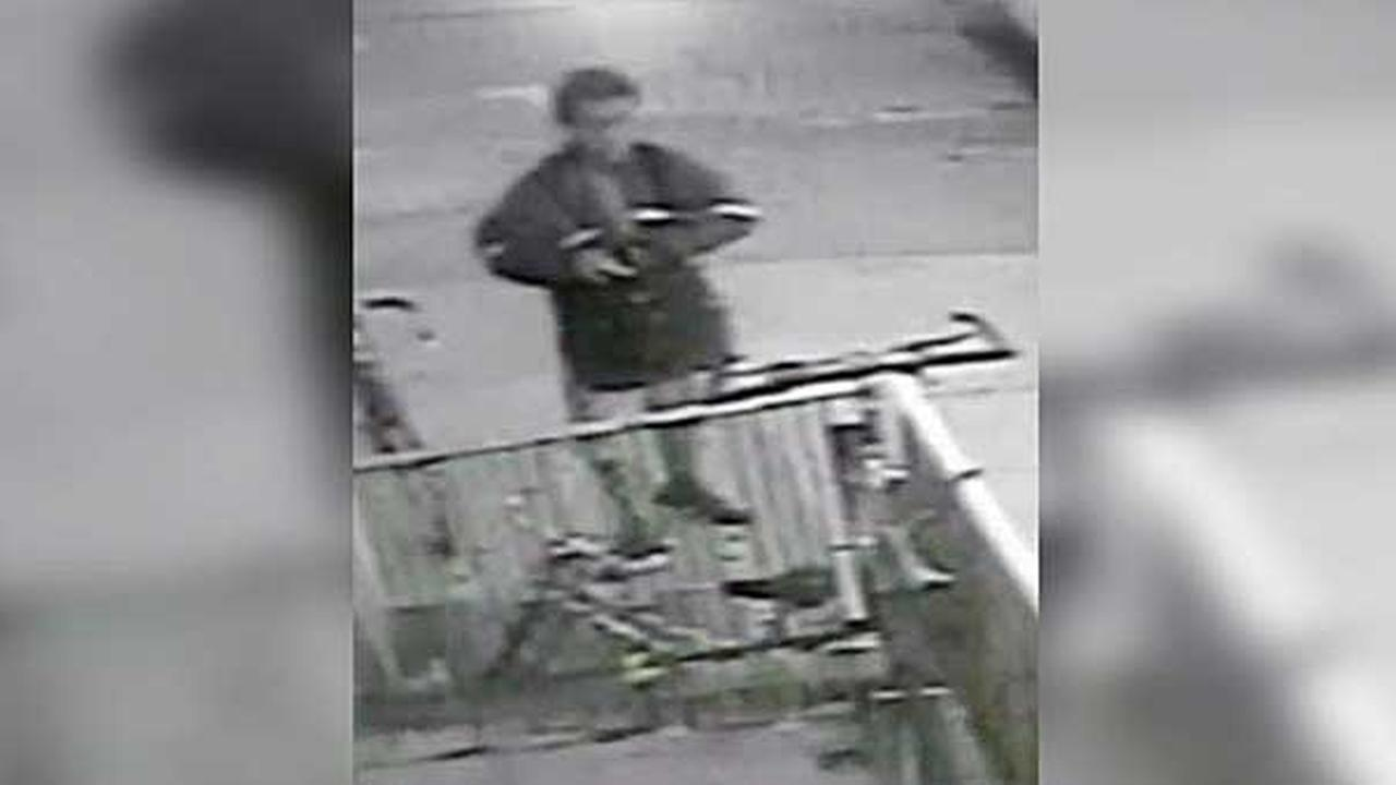 Philadelphia police are searching for a thief who stole a bicycle in the citys Bella Vista section.