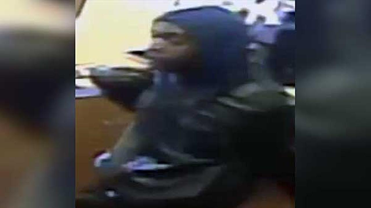 Police say a pair of thieves worked together to pull off the robbery of a cell phone store in South Philadelphia.