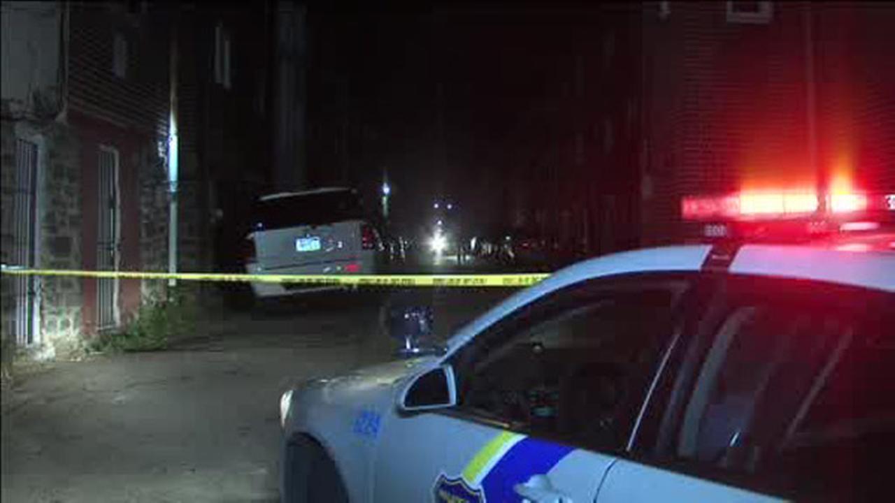 Man critical in Elmwood shooting
