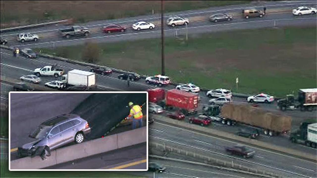 Westbound lanes reopen after crash on Pa. Turnpike in Downingtown