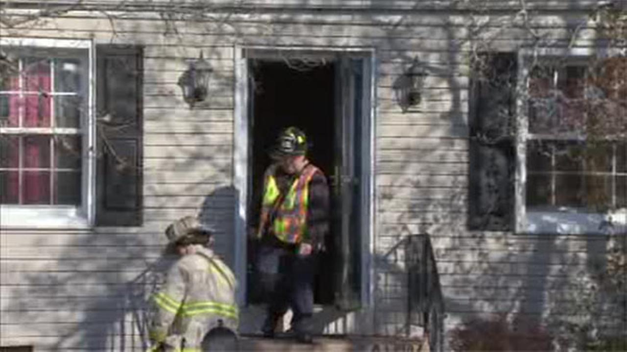 Firefighter injured battling house blaze in Mercer County