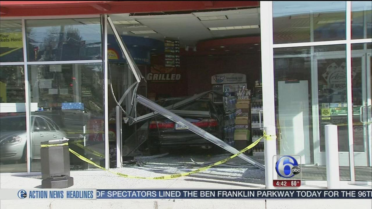 VIDEO: Car vs. gas station in Olney