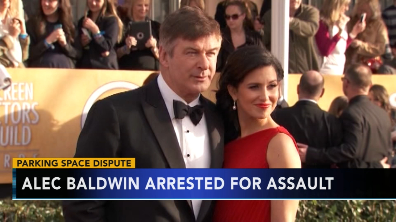 Alec Baldwin arrested, accused of punching man near Manhattan apartment. Brian Taff reports during Action News at 4 p.m. on November 2, 2018.