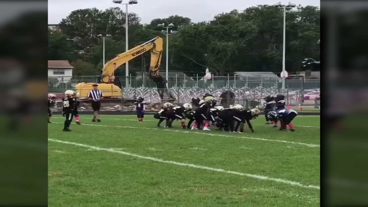 Deptford youth football team successfully pulls of the Philly Philly play.