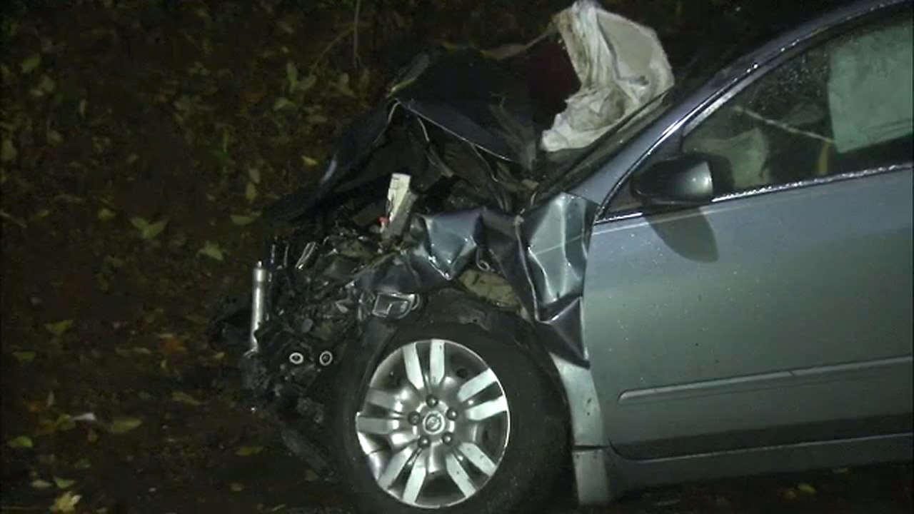 Several people hurt in 2-vehicle crash in Chester County