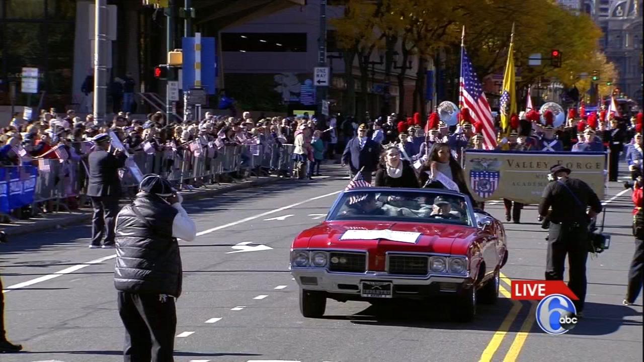 Veterans Parade makes its way through Center City. Walter Perez reports during Action News at 5 p.m. on November 4, 2018.
