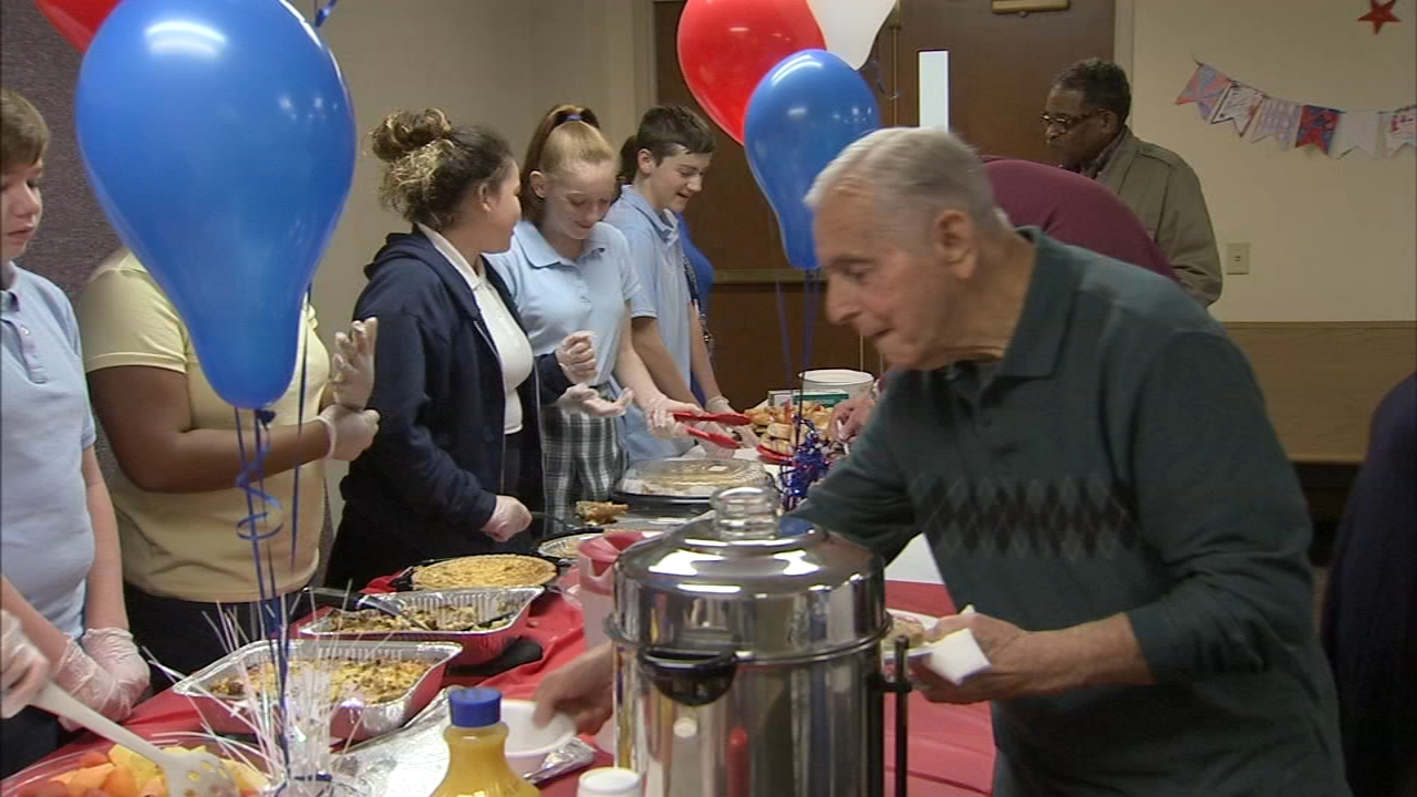 Students celebrate veterans with breakfast in Bucks County: Katherine Scott reports on Action News at 10 p.m., November 8, 2018