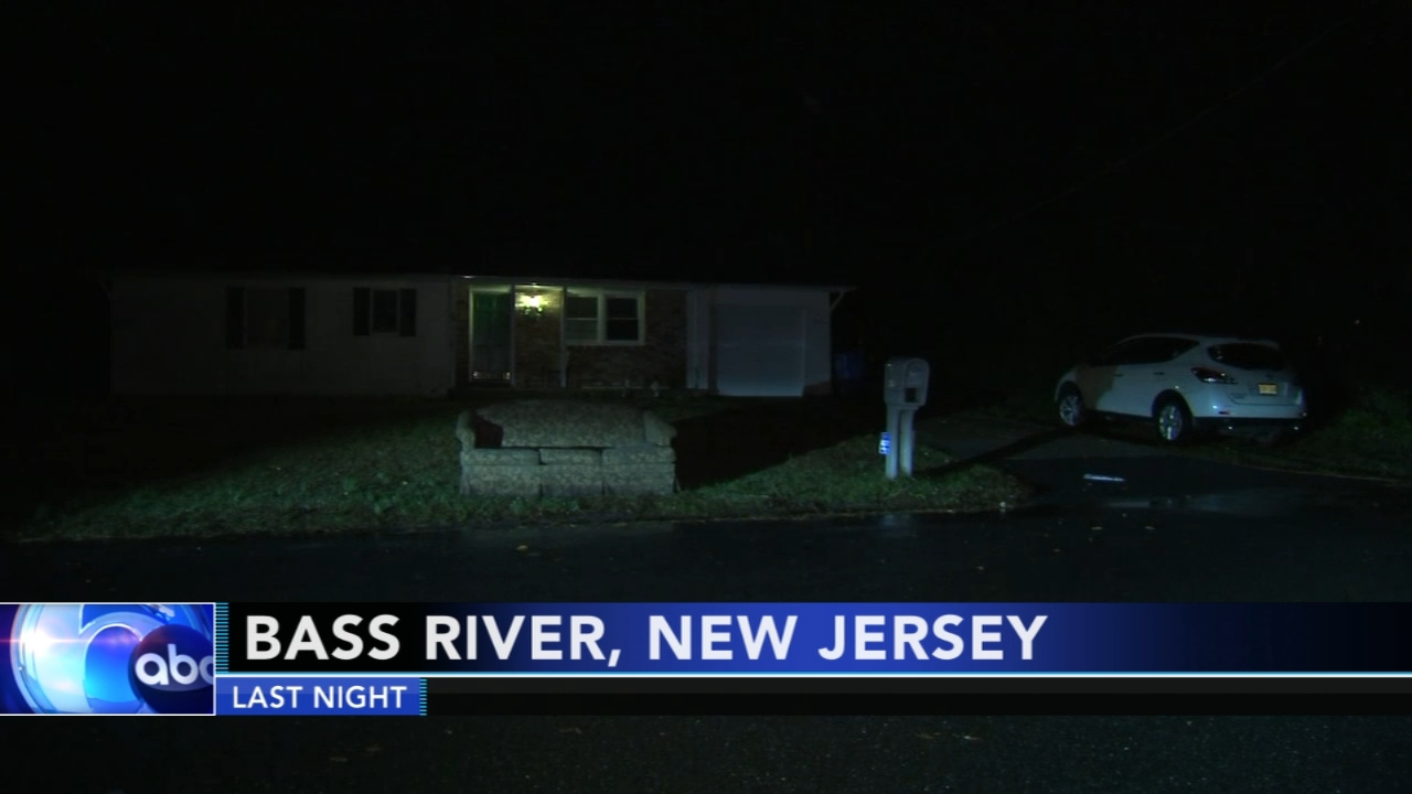 Police investigate stabbing in Bass River Township. Gray Hall reports during Action News at 6 a.m. on November 10, 2018.