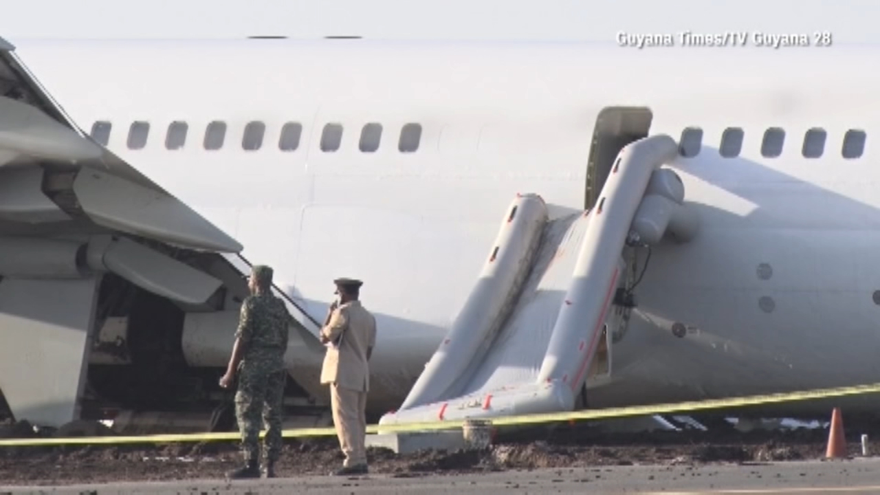 Fly Jamaica plane crash lands at Guyana airport. Gray Hall reports during Action News at 6 a.m. on November 10, 2018.