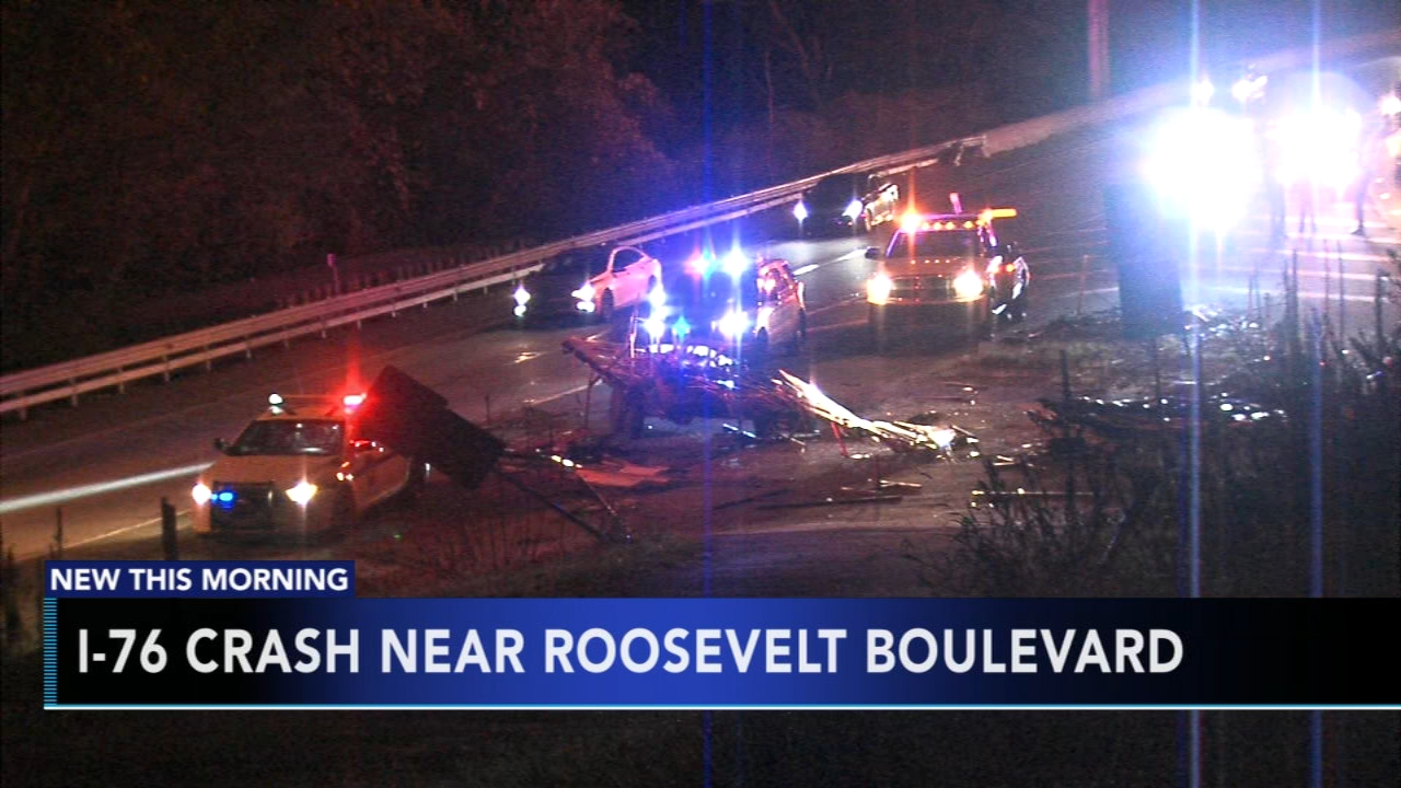 2 injured in crash on Schuylkill Expressway. Nydia Han reports during Action News at 6 a.m. on November 11, 2018.