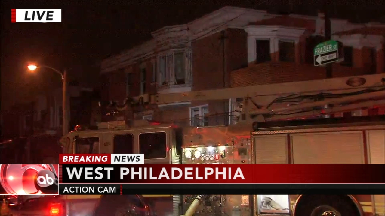 Philadelphia firefighter injured after fall from roof. Katherine Scott reports during Action News Mornings on November 13, 2018.