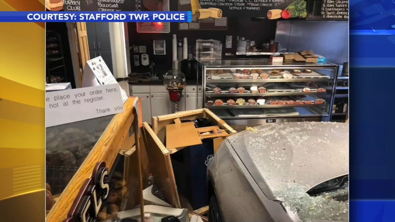 Car slams into bagel shop in Ocean County. Brian Taff reports during Action News at 4:30 p.m. on November 13, 2018.