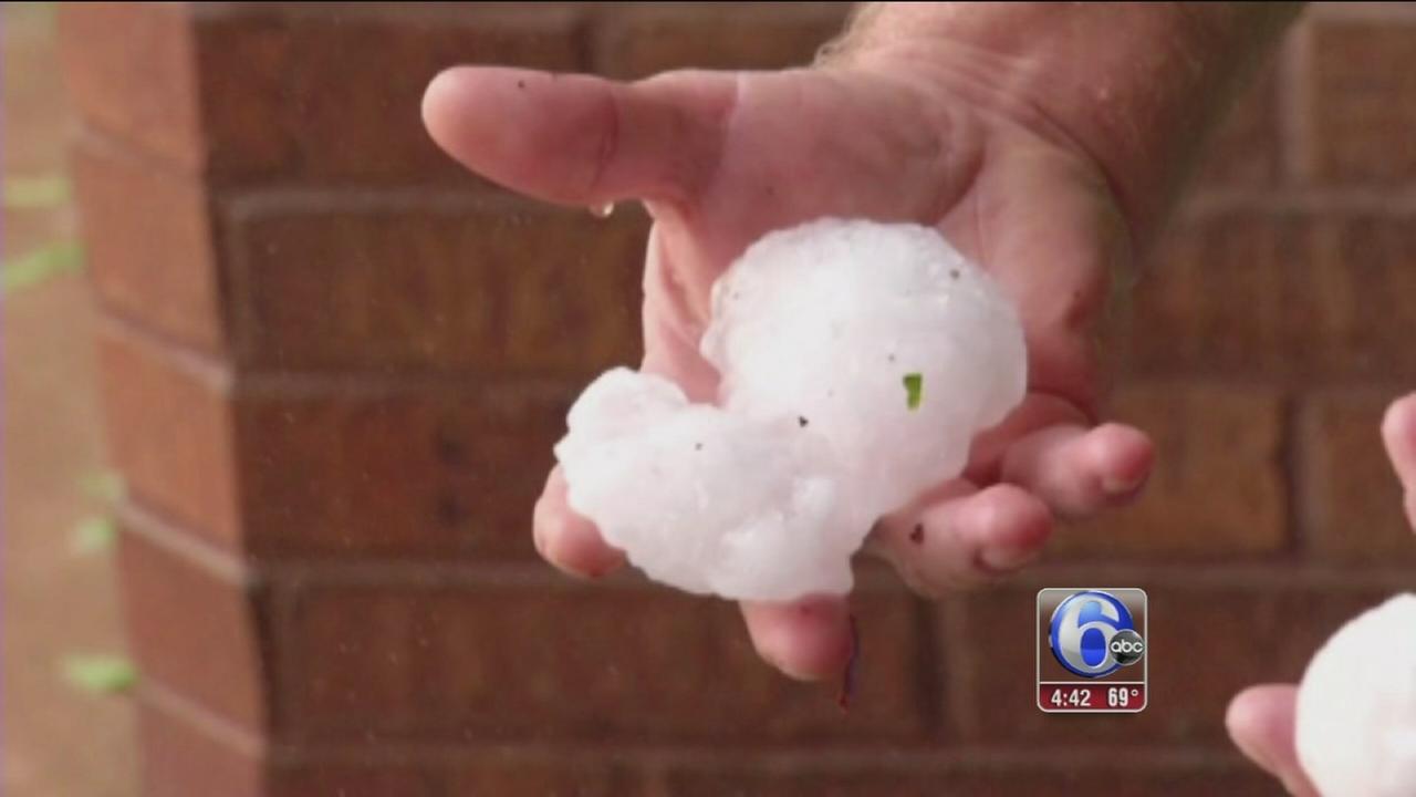 VIDEO: Tennis ball size hail falls on Texas