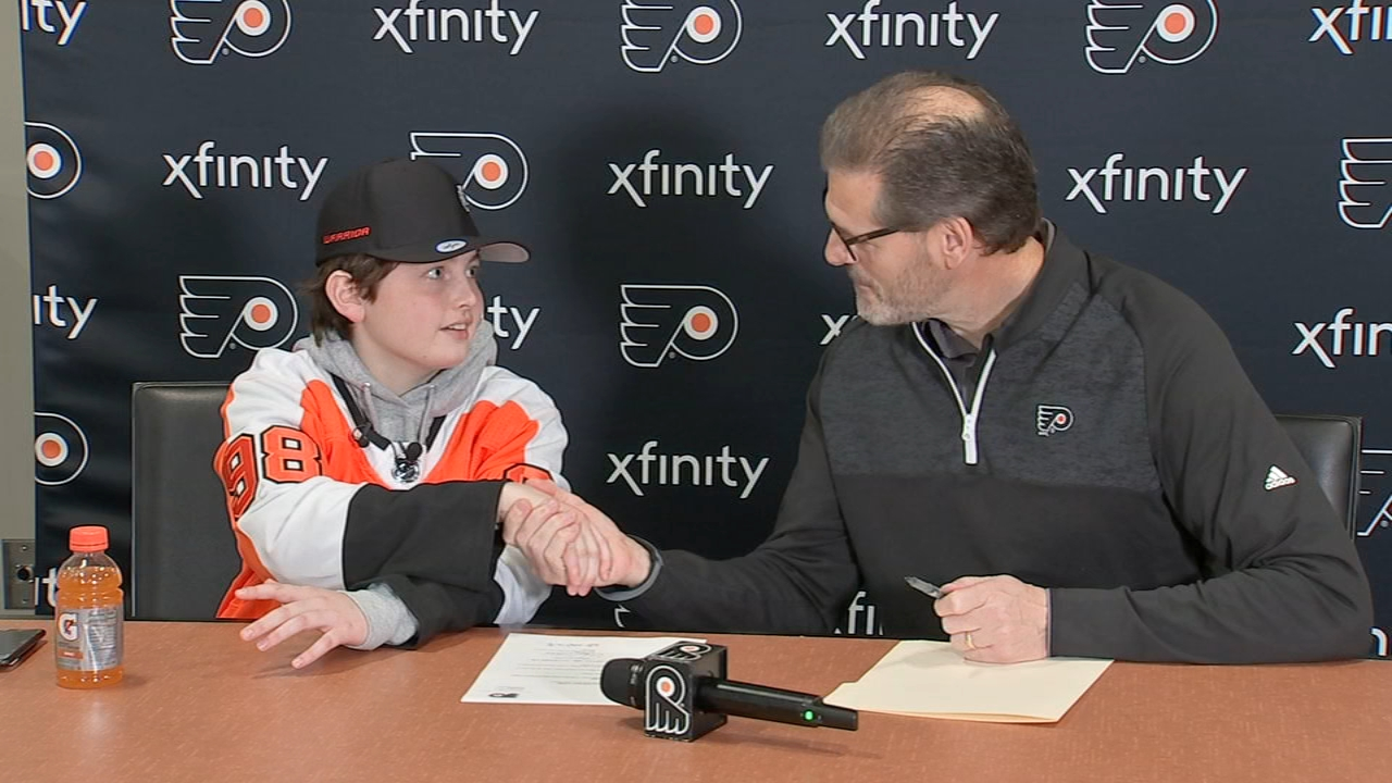 Flyers sign 14-year-old cancer patient to 1 day contract. Watch the report from Alicia Vitarelli on Action News at 4 p.m. on November 14, 2018.