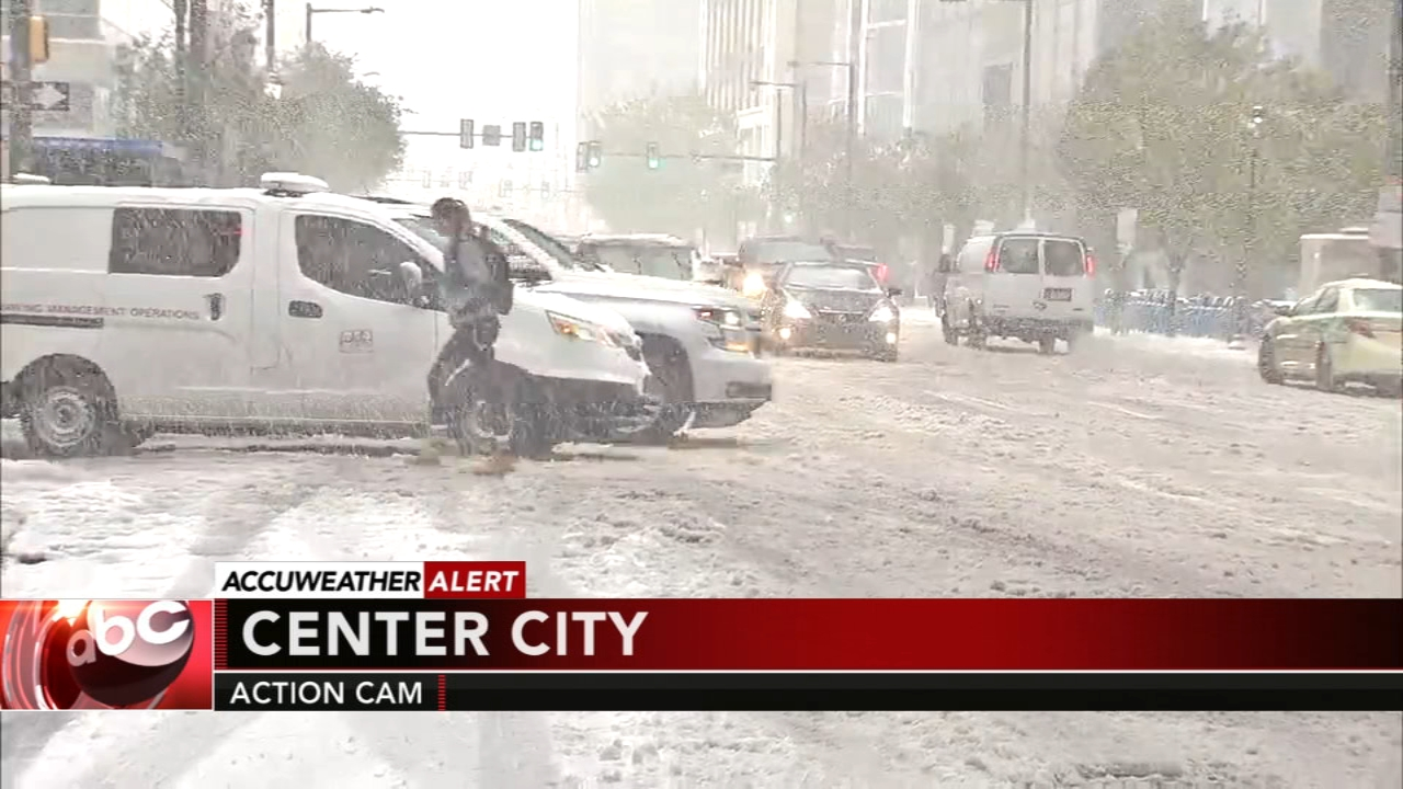 Heavy snow falls, but roads passable in Center City. Christie Ileto reports during Action News extended snow coverage on November 15, 2018.