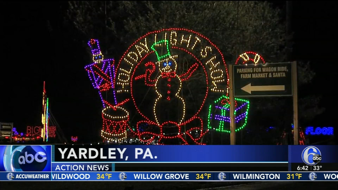 Shady Brook Farms Holiday Light Show celebrates opening night. Gray Hall reports during Action News at 6 a.m. on November 18, 2018.
