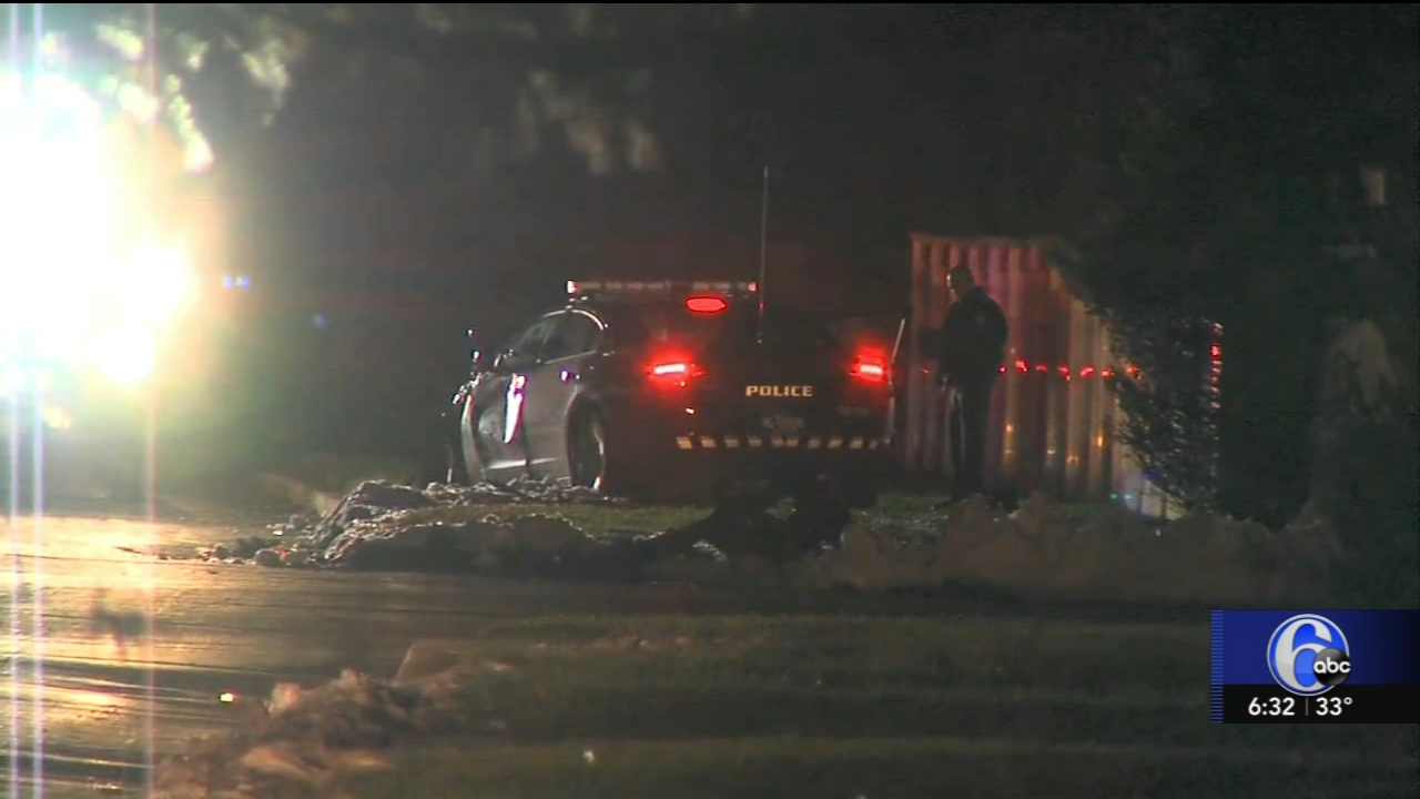 Police investigating crash involving police cruiser in Bucks County. Gray Hall reports during Action News at 6 a.m. on November 18, 2018.