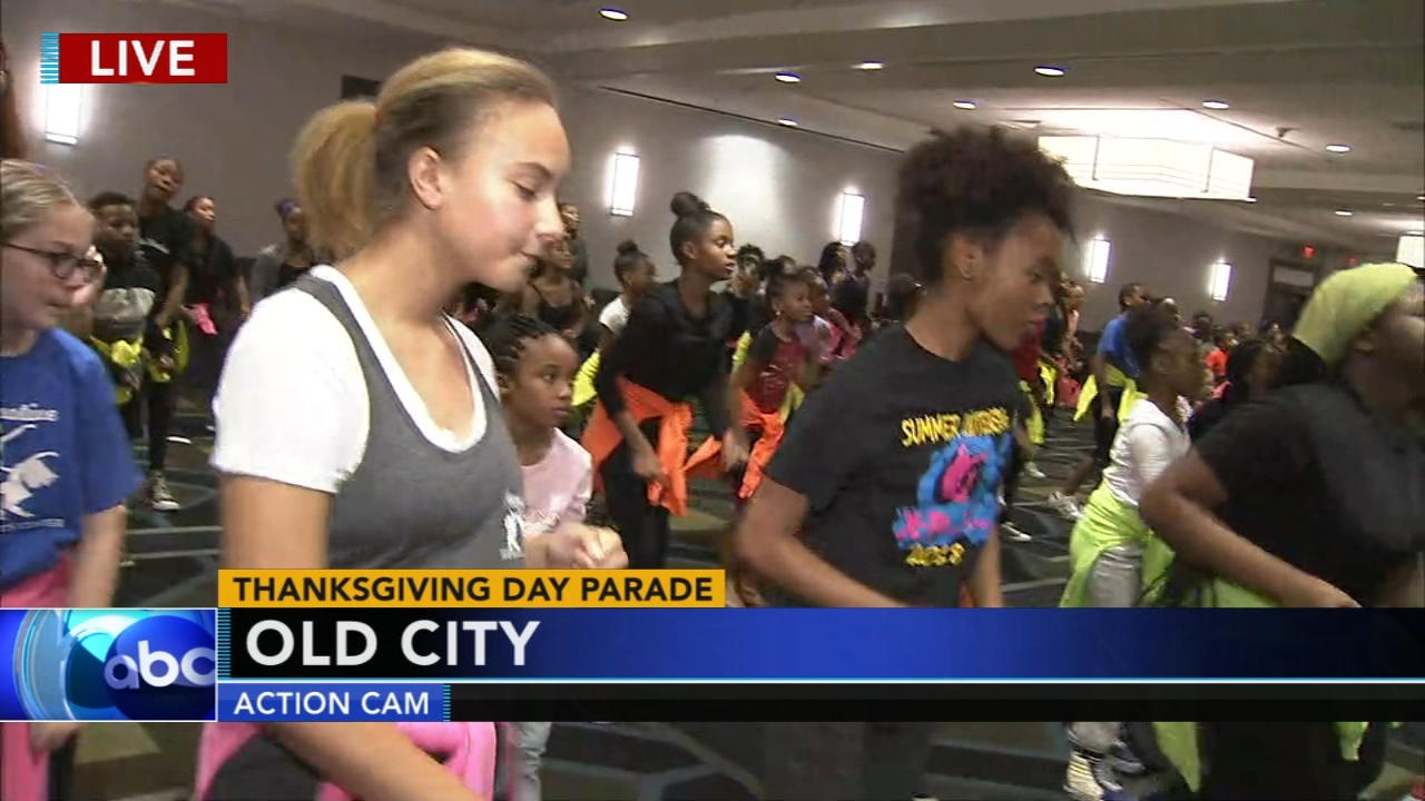 Performers get ready for the 6abc Dunkin Donuts Thanksgiving Day Parade: Christie Ileto reports on Action News at 5 p.m., November 18, 2018.