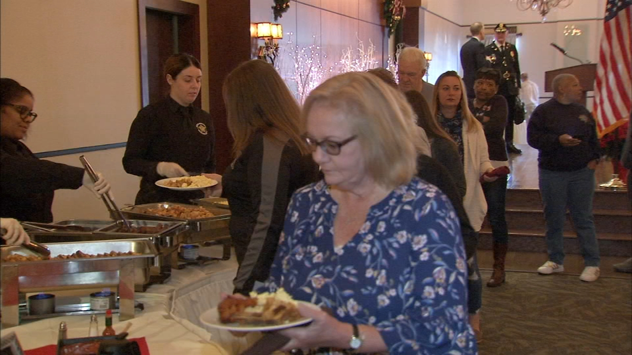 Families of local police officers who died in the line of duty were treated to an annual holiday meal as reported during Action News at 4 on November 21, 2018.