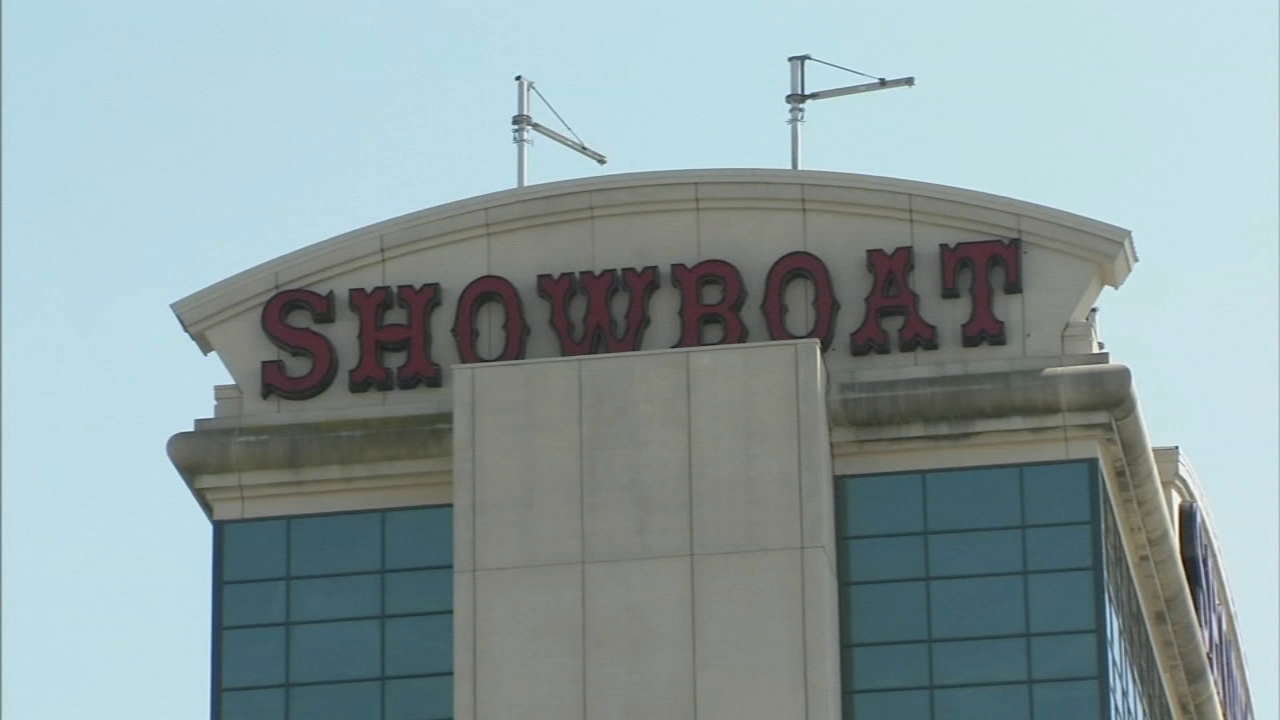 NJ approves rental apartments at former Showboat casino. Tamala Edwards reports during Action News at 4 a.m. on November 21, 2018.