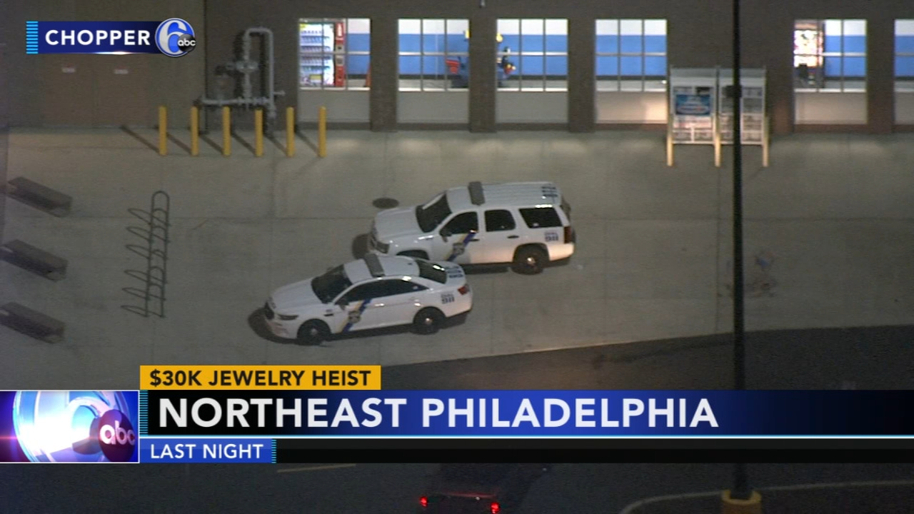 Thieves swipe $30,000 in jewels at Philadelphia Mills Mall. Watch the report from Action News at 6:30 a.m. on Nov. 22, 2018.