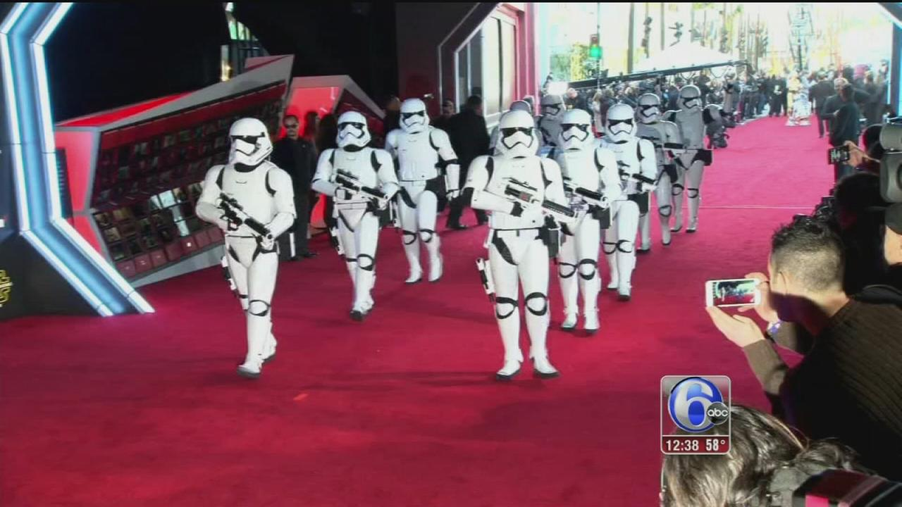 VIDEO Star Wars premiere in LA